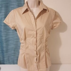 New York & Company Stretch Button Up Top